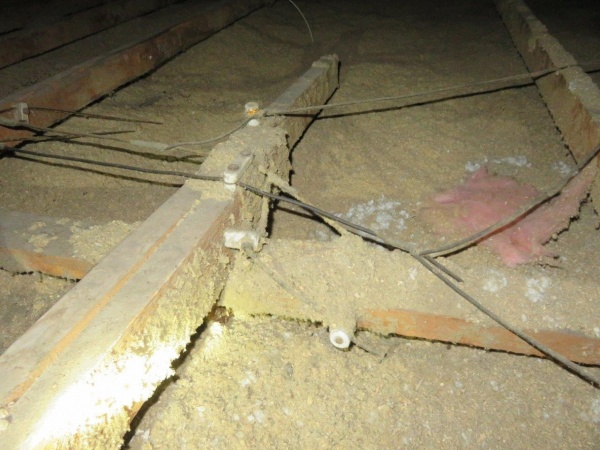 Knob And Tube Wiring Dangers | The Importance Of Removing Knob And Tube Wiring That Is Buried In